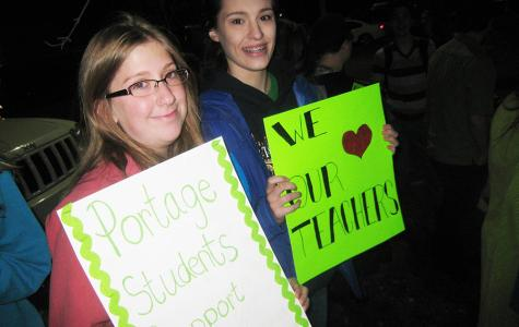 Portage Central and Northern students protest earlier start and no teacher contract