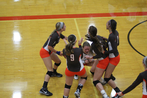 Coming Together: JV volleyball players off to a good start