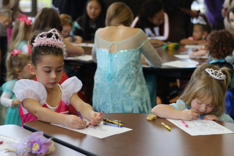 PN cheerleaders host annual princess tea