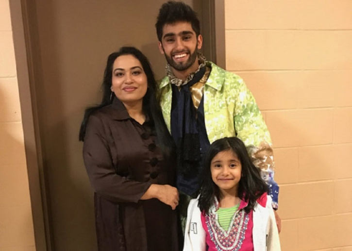 Hasher with his mother, Sadia, and sister Noor.