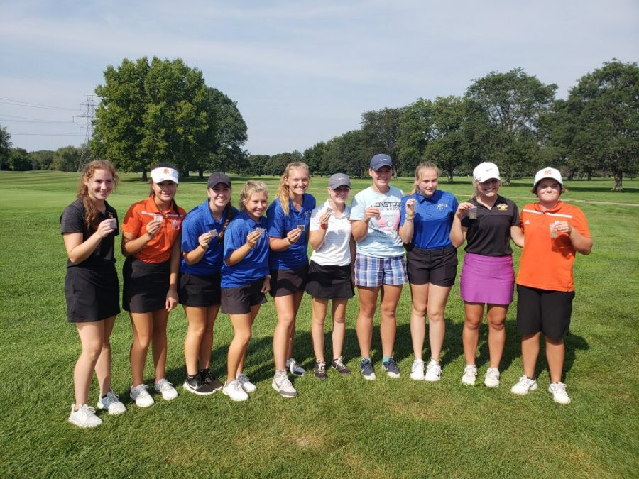 Pictured+above+is+the+team+after+the+Comstock+Invite%2C+where+Annie+Betts+was+the+champion+after+shooting+a+37+on+the+front+9.+