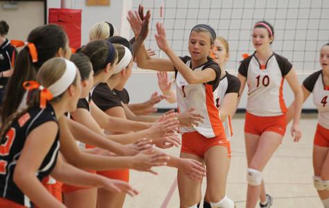 Freshman volleyball starts 2014 campaign
