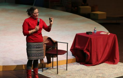 Author Elizabeth Wein visits PNHS