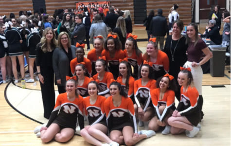 Portage Northern cheer team heads to districts