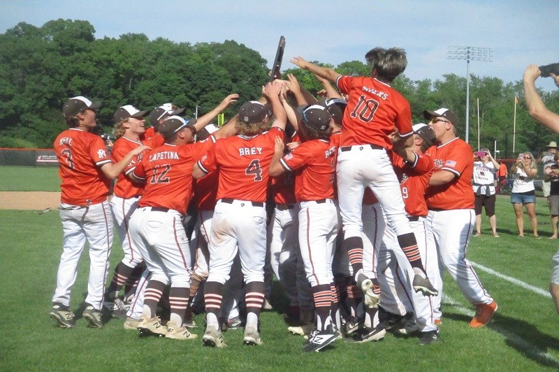 Portage+Northern+baseball+wins+districts%2C+rolls+on+through+the+regional+and+on+to+the+state+final+four