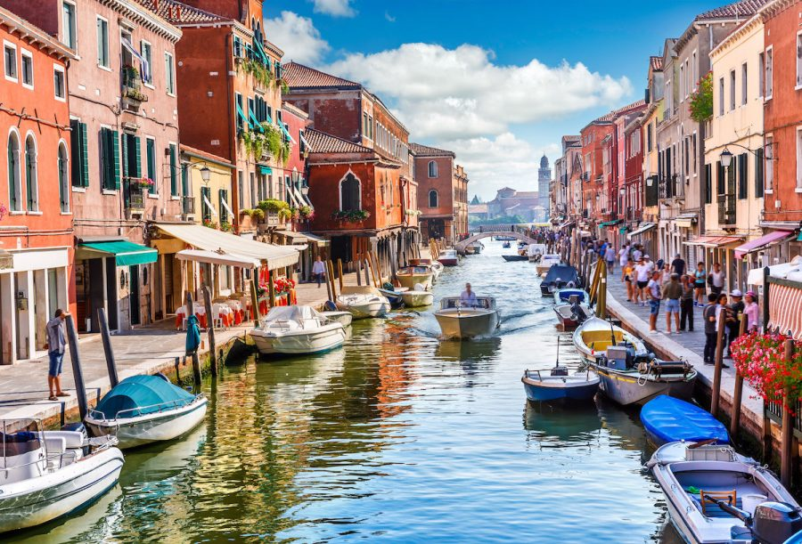 Nott prepares to lead students to Italy in Summer 2020